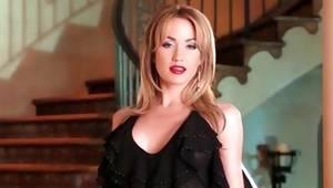 Blondie looks vulgar while masturbating provocative
